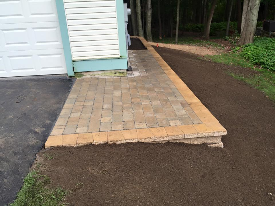 Paver Patio And Retaining Wall