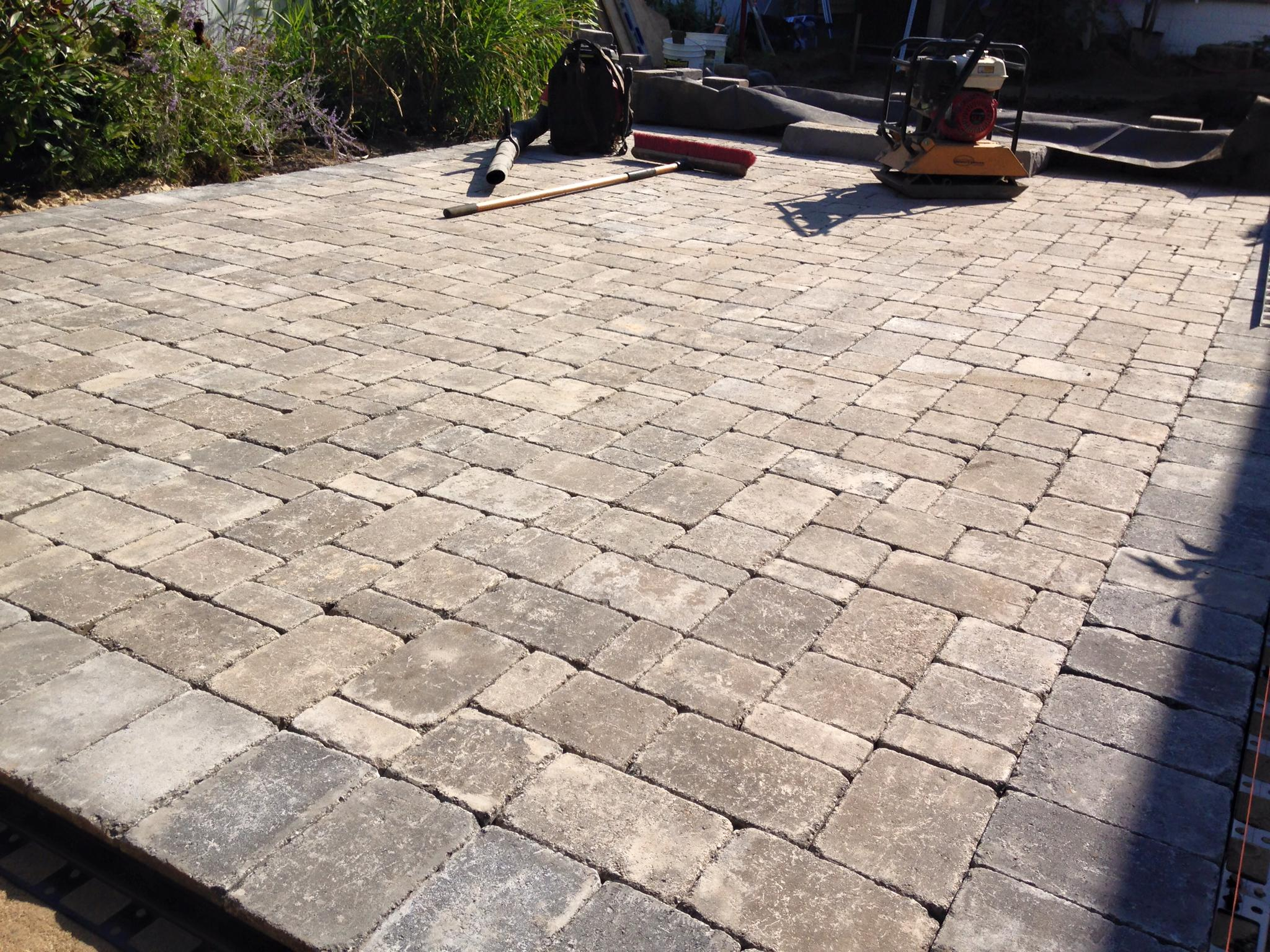 Another Nice Paver Patio Project In South Haven, Michigan, Using Begardu0027s  Dublin Cobble Paver.